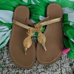 Lilly Pulitzer for Target Size 7 Pineapple Sandals